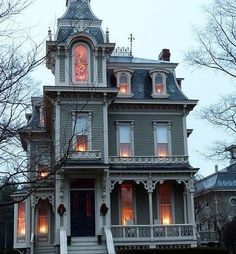 Architecture An awesome Gothic house. An awesome Gothic house. Victorian Architecture, Architecture Design, Building Architecture, Classical Architecture, Old House Design, Cool House Designs, This Old House, Tiny House, Victorian Style Homes