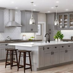 Semi-Custom Kitchen and Bath Cabinets by All Wood Cabinetry Ships in days Stunning Ultra-Modern Kitchen Island Design Ideas Shaker Style Kitchen Cabinets, Shaker Style Kitchens, Kitchen Cabinet Styles, Painting Kitchen Cabinets, Home Kitchens, Bath Cabinets, White Cabinets, Grey Shaker Kitchen, Shaker Cabinets