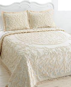 Laura Bedspreads / I love it!