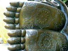 Golden Buddha of Manbulsa | the passage