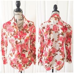 """Floral Button Down Top This top is polished & pretty with a bright & fresh floral print. It's a top that can be layered under a sweater, skirt of half tucked with jeans{actual color of item may vary slightly from pics}  *shoulders:16"""" *chest:19"""" *waist:18"""" *length:24/sleeves:23.5"""" *material/care: *fit:true  *condition:no rips no stains- good   20% off bundles of 3/more items No Trades  NO HOLDS No transactions outside of Poshmark  No lowball offers Old Navy Tops Button Down Shirts"""