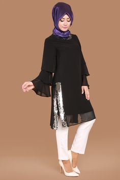 Kolları Volan Pul Payetli Şifon Tunik Siyah Ürün Kodu: KNZ2097 --> 89.90 TL