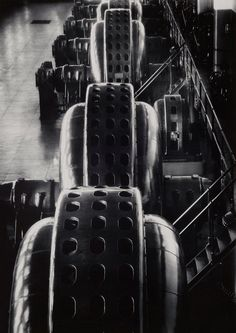 Margaret Bourke-White: Turbine, Niagara Falls Power Co., 1928.