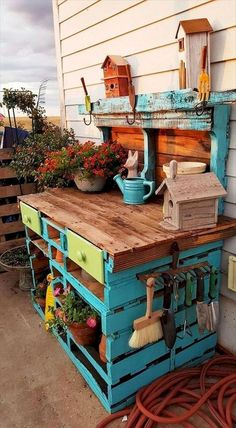 If you are looking for Diy Projects Pallet Garden Design Ideas, You come to the right place. Here are the Diy Projects Pallet Garden Design Ideas. Diy Pallet Projects, Backyard Projects, Outdoor Projects, Backyard Ideas, Pallet Diy Decor, Mini Pallet Ideas, Pallet Ideas For Outside, Project Projects, Decor Diy
