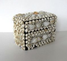 Vintage wood Sea Shell and Pearls box Hinged by jewelryandthings2
