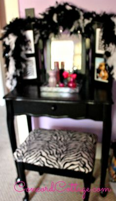 Hometalk :: Vanity Table Makeoverthe girls would love a vanity.  Great idea.
