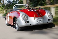 Porsche 356 A Carrera GT Speedster Not so much a fan of these but to me, this paint job is downright awesome and attractive. Porsche 356 Outlaw, Porsche 356 Speedster, Porsche 356a, Porsche Autos, Bmw Autos, Porsche Cars, Porsche Classic, Classic Cars, Porsche Carrera Gt