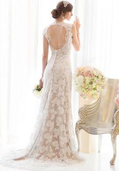 Love love love this  Essence of Australia  # D1566 Sophia's Bridal  7015 US 31 S, Indianapolis, IN