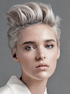 Ein neuer Monat, ein neuer Look! Möchtest Du im März auch eine neue Frisur ausprobieren? - Neue Frisur