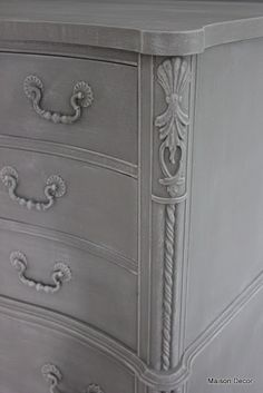 Maison Decor: French Linen on body, then 50/50 FL & OW with dry brush, then dark wax.