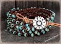 Crochet Wrap Bracelet / Seed Bead Bracciale in pelle / Boho