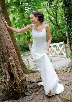 A Wedding Dress from Frilly-Frocks Traditional Wedding Dresses, Frocks, Fashion, Moda, Fashion Styles, Fashion Illustrations