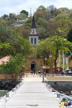 Eglise de Sainte-Anne, une des plus anciennes de Martinique #Martinique Iles Grenadines, Windward Islands, Magic Island, St Anne, Paradise On Earth, France, West Indies, Central America, Beautiful Landscapes