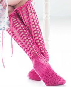 Not in pink but cute....Crochet Corset Socks | Shms Patterns #Free #Crochet
