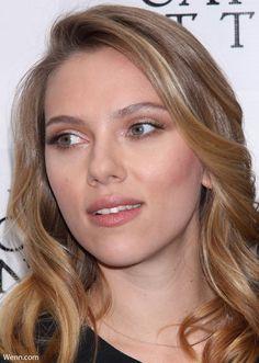 What is Scarlett Johansson's skin care secret? Apple cider vinegar