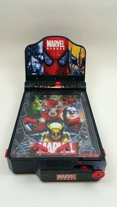 For Sale: 2004 Electronic Marvel Heroes Tabletop Pinball Machine Spiderman