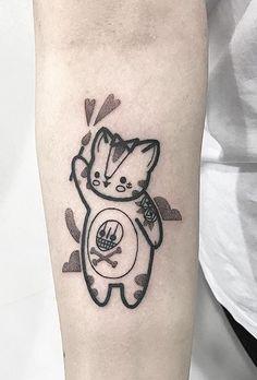 Hugo Tattooer cat
