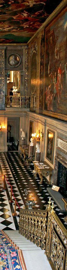 ❇Téa Tosh❇ Inside Buckingham Palace