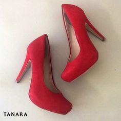 Estudos apontam que esse sapato é o que você precisa para arrasar nesse sábado. (Ref. T0161)