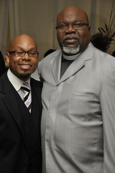 TPHFW Pastor Winfield and Bishop T.D. Jakes. http://www.thepottershouse.org