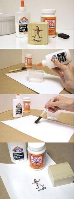 Tutorial de cómo hacer transferencia de imágenes en madera utilizando modpodge y adhesivo escolar soluble en agua.