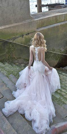 Riki Dalal Wedding Dresses 2017 / http://www.deerpearlflowers.com/wedding-dresses-we-love-for-2017/6/