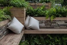 Incredible benches for decorating your garden 7