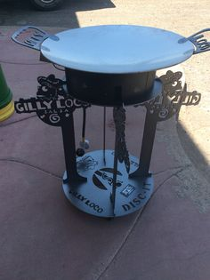 Custom DISC-IT designed and manufactured with customer's logo... Gilly Loco Salsa.. The DISC-IT Grill, also affectionately referred to as a discada, disco or cowboy wok is used to cook virtually anything you can imagine.  The DISC-IT Grill is a PATENTED product manufactured in Albuquerque, NM.  Visit us at www.disc-it.com
