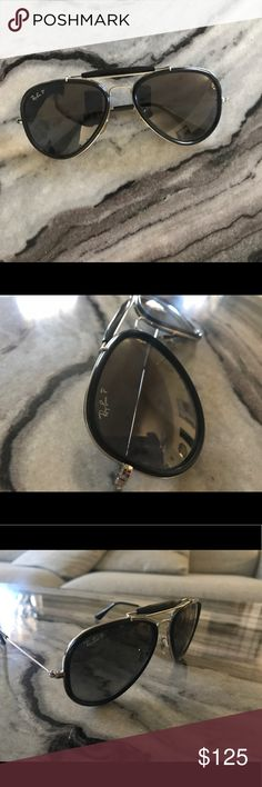 RayBan Aviator Sunglasses Authentic Ray-Ban sunglasses! Love these glasses, I just don't wear them. They seem to be polarized because of the tint inside. They are in perfect condition, no scratches! Comes with original sunglasses case. Ray-Ban Accessories Sunglasses