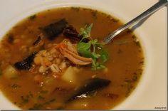 Hrstková polévka s hříbky a čerstvou majoránkou Thai Red Curry, Ethnic Recipes, Food, Eten, Meals, Diet