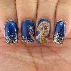 18 Harry Potter Nail Art Designs That Will Cast a Spell on You: Though we haven't seen a new Harry Potter book since 2007, we remain die-hard fans.