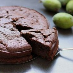 Chocolate Feijoa Cake, a magical combination of rich cocoa and feijoa pulp baked to perfection Fejoa Recipes, Fruit Recipes, Baking Recipes, Dessert Recipes, Dessert Ideas, Asian Recipes, Cocoa Cinnamon, Baking Tins, Baking Soda