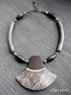 Necklace. CERNIT. Imitation stone. Polymer Clay Necklace, Polymer Clay Pendant, Polymer Clay Art, Boho Jewelry, Jewellery, Clay Design, Pendant Design, Polymer Clay Projects, Ceramic Jewelry