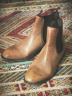 Liebeskind Remington Chelsea Boot http://www.freepeople.co.uk/whats-new/remington-chelsea-boot/
