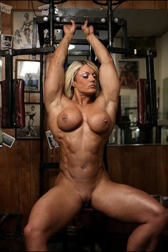 Female nude bodybuilder