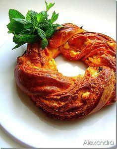 Αυτή η πίτα θα σας ενθουσιάσει με την εντυπωσιακή της εμφάνιση αλλά και την υπέροχη γεύση της!!! Υλικά 250 γρ. αλεύρι 6 κ.σ. χλιαρό γάλα ...