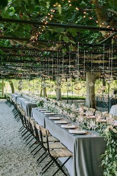 Elegant Garden Wedding in Napa Valley by Leslie Struble for Rosemary Events Assc. Elegant Garden Wedding in Napa Valley by Leslie Struble for Rosemary Events Asscociates (Planning & Design) + The Edges Wedding Photography – via Magnolia Rouge Wedding Bells, Wedding Events, Wedding Flowers, Themed Weddings, Wedding Locations, Wedding Colors, Wedding Bouquets, Elegant Wedding, Dream Wedding