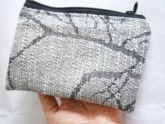 Gray Zipper Pouch - Upcycled Purse - Coin Pouch - Change Purse - Vegan Lined Purse - Sustainable Fashion - Travel Pouches - Makeup Bag Gift Travel Pouches, Purse Essentials, Makeup Pouch, Recycled Fabric, Change Purse, Fabric Samples, Grey Fabric, Zero Waste, Zipper Pouch