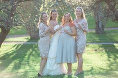 Sara & her bridesmaides