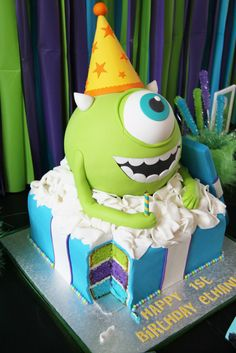 Wonderful idea and great cake design. Crazy Cakes, Fancy Cakes, Cute Cakes, Fondant Cakes, Cupcake Cakes, Kid Cakes, Monster Inc Cakes, Monster Inc Birthday, Monster Party
