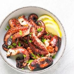 Easy Grilled Octopus Recipe – tender, lightly seasoned and charred octopus that tastes amazing! Grilled octopus, made at home, can it get… Grilled Fish Recipes, Healthy Grilling Recipes, Seafood Recipes, Soup Recipes, Vegetarian Recipes, Dinner Recipes, Cooking Recipes, Grilled Octopus, Cream Cheeses