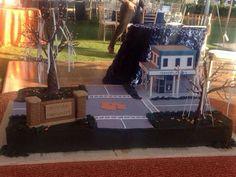 Toomers Corner themed groom's cake