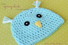 This adorable little hat is perfect for spring! Whip one up in under an hour - you won't be sorry! #crochetidea #daisycottagedesigns