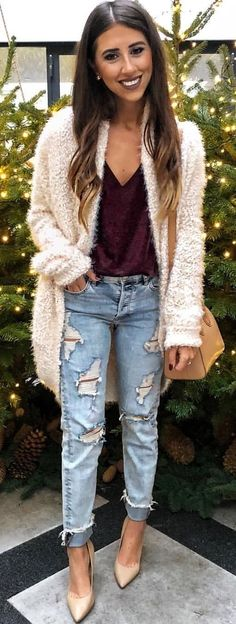#Winter #Outfits / White Knit Coat - Ripped Jeans