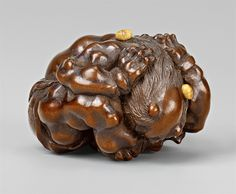 A very fine wood netsuke of a muscular oni, by Masakazu. Mid-19th century, Auktion 1061 Asiatische Kunst, Lot 709