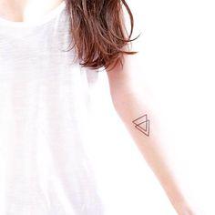 minimalist tattoos tatuaje minimalista17