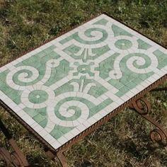 """Table basse """"petit jardin à la française"""", mosaïque et fer forgé"""