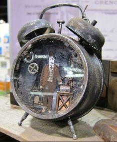 Tim Holtz - Idea-Ology - Assemblage Clock