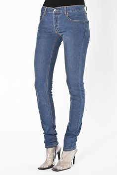 nice ..who doesnt need a pair of jeans