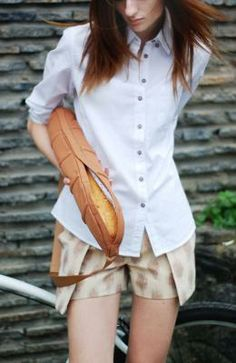A bag with the shape of the typical french bread...